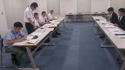 九州地方整備局(写真左側)と 日建協(写真右側)