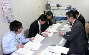 官庁営繕部(写真左)と日建協(写真右)